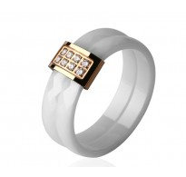 Eleganten in atraktiven prstan