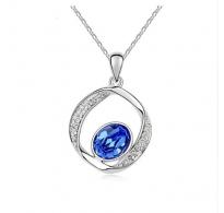 Čudovit obesek z verižico s kristalom v safir modri barvi