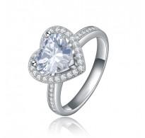 """""""Srčkano"""" ljubek prstan s kristali kubičnimi cirkonij"""