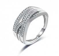 Glamurozen prstan z belimi kristali kubični cirkonij