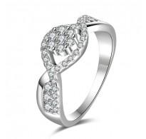 Osupljiv in moden prstan, 18K bela pozlata CZ