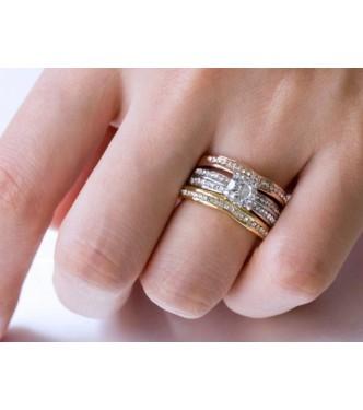 Set treh prstanov okrašen s kristali CZ