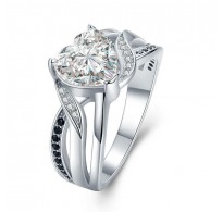 Mogočen srebrn prstan