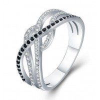 Čaroben srebrn prstan s kristali CZ v belo črni kombinaciji