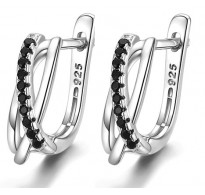 Izjemni srebrni uhani s kristali CZ
