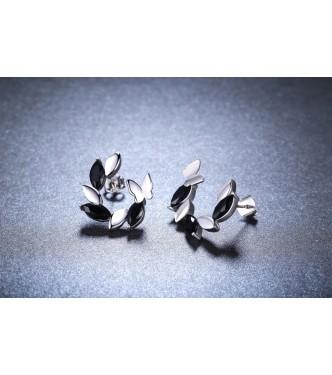 Edinstveni pravljični srebrni uhani