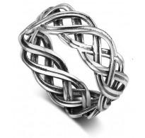 Zanimiv srebrn prstan vintage dizajna