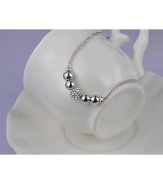 Zapestnica z nizom čudovitih perlic