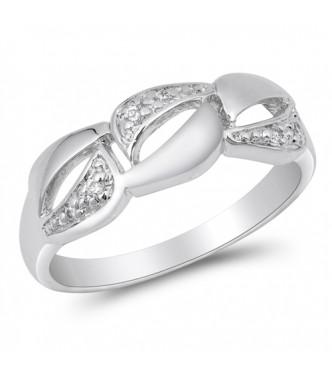 Graciozen srebrn prstan s kristali CZ