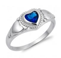 Bogat srebrn prstan s kristalom CZ v barvi modrega safirja