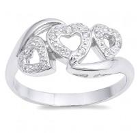 Romantičen srebrn prstan s tremi srčki