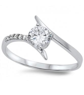 Izjemen srebrn prstan oznake 925 s kristali CZ