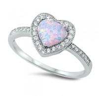Ljubek srebrn prstan z belim lab opalom v obliki srca