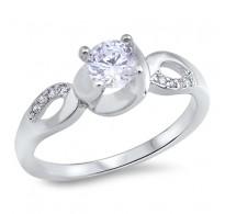 Eleganten srebrn prstan z okrasjem kristalov CZ