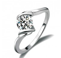 Diven prstan bele pozlate s kristali CZ