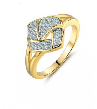 Privlačen prstan z 18K pozlato in kristali CZ