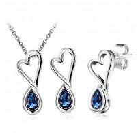 Set ogrlice in uhanov, 18K bela pozlata z ljubkimi detajli