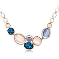 Elegantna ogrlica, 18K roza pozlata s kristali in opali
