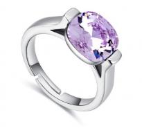 Drzen prstan z osupljivim kristalom Swarovski elements