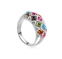 Glamurozno in trendovsko oblikovan prstan multicolor